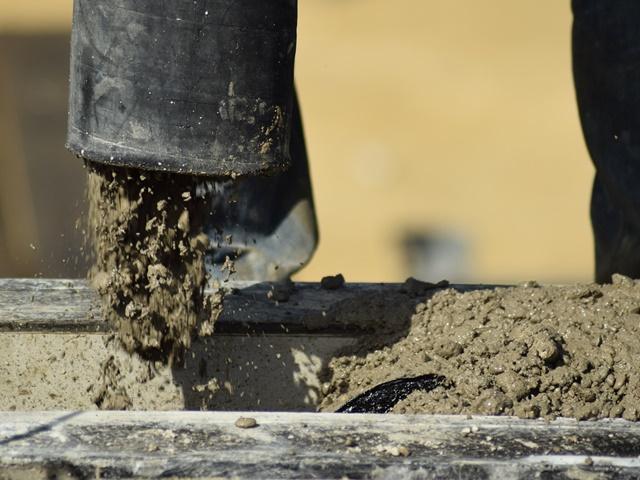 Como fazer uma pequena quantidade de massa de concreto